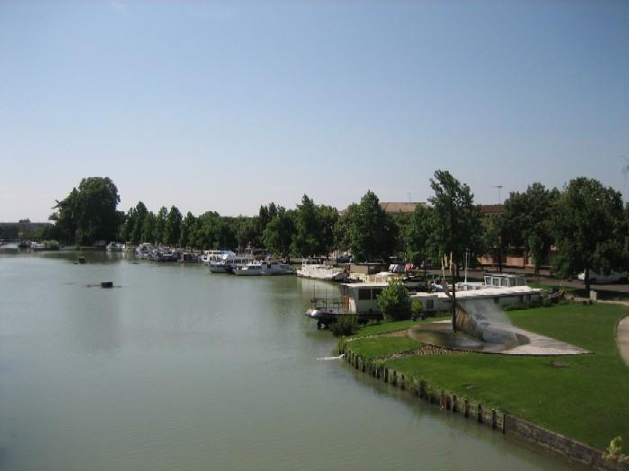 overzicht haven Castelsarrasin