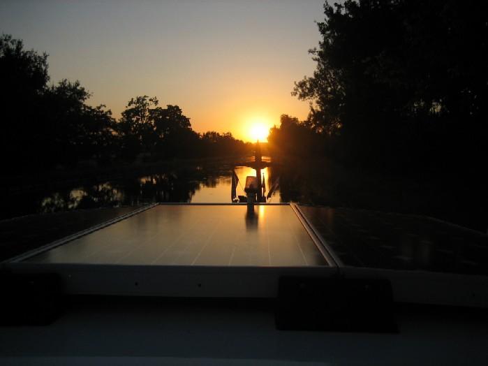 zonsondergang bij Golfech