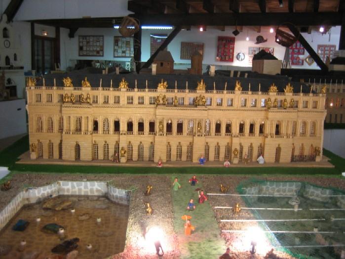 Kopie van Versailles in het lucifermuseum in Fontet