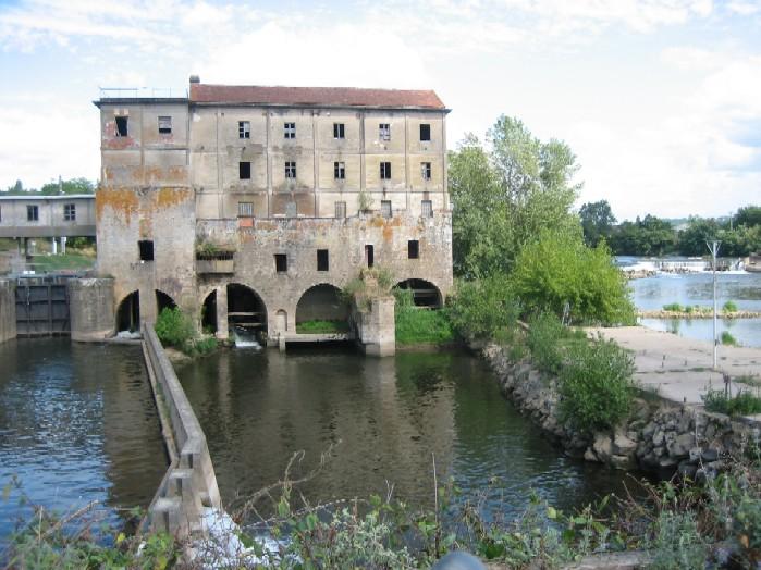 dezelfde sluis, nu van de andere kant, links dus de uitvaart naar de Garonne