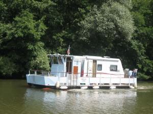 op de Moezel: boot-caravan of caravan-boot ??