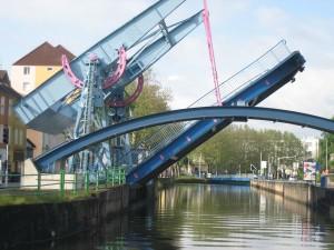 3 splinternieuwe hefbruggen in Montceau les Mines