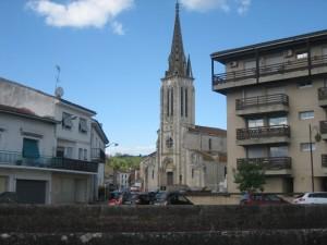 De kerk St. Jacques in gebruik als expositie ruimte