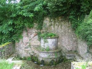 La fontaine aux Anglais, uit de tijd van de Engelse overheersing, in Damazan