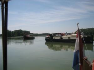 voor anker op de Garonne
