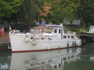 Jim, onze havenmeester, na gedane arbeid