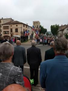 Herdenking bij monument