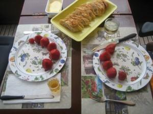 aardbeien met druivensap en pruimensap
